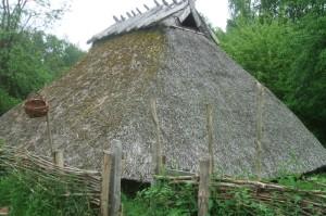 Die Rekonstruktion eines Bauernhauses im Museumsdorf Düppel